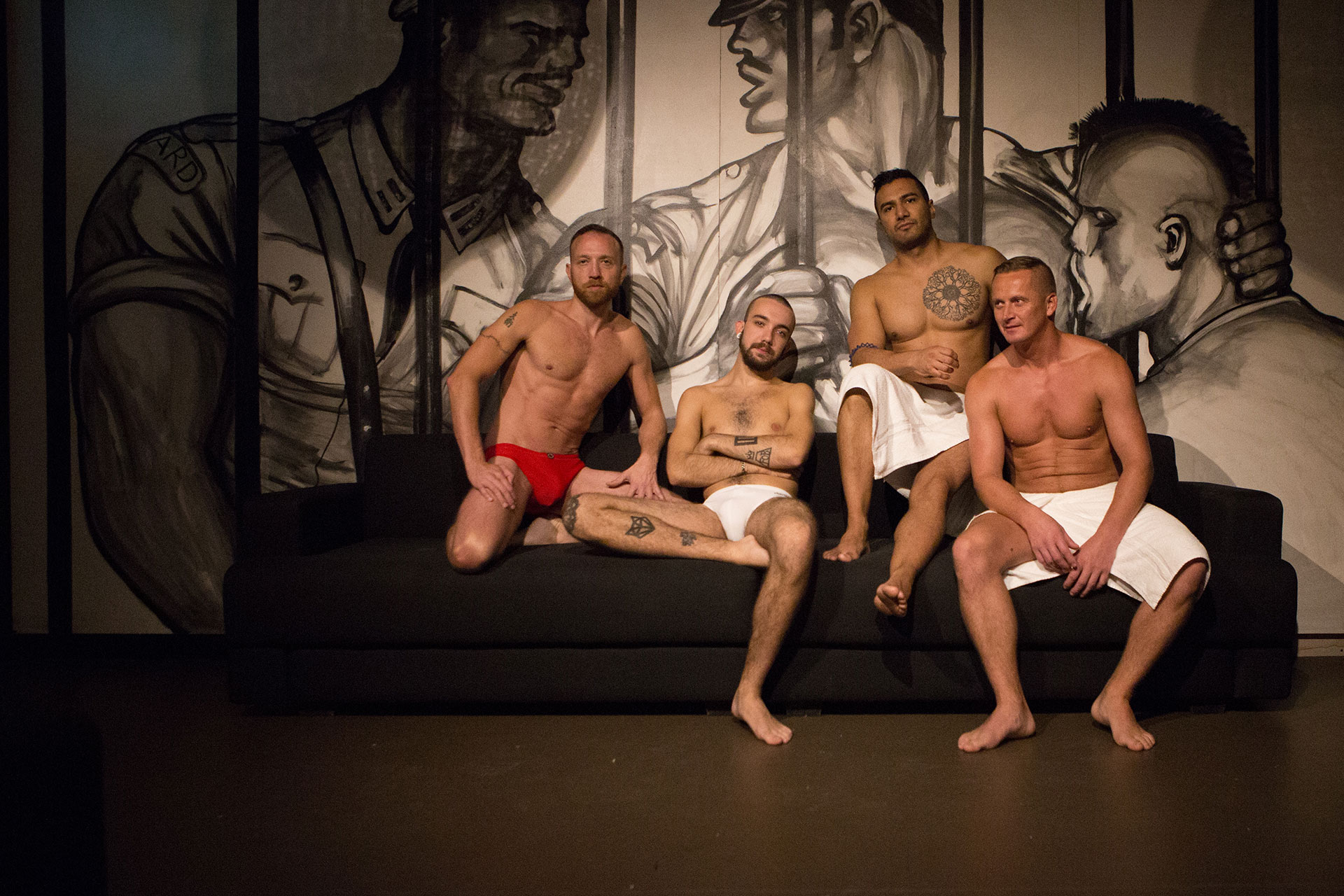 Gay escorts in aberdeen offering male services
